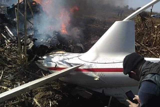 2 muertos al caer su avioneta en Coronango