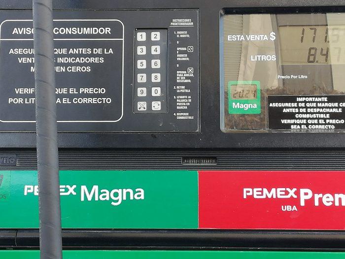 AMLO NOS REGALA LA GASOLINA MÁS CARA, MAGNA $20.24 EN TEPEXI